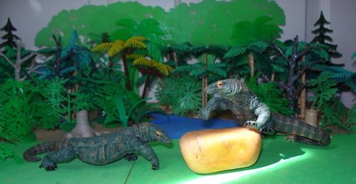 Lizard Toys For Boys : Dinosaur news and toys