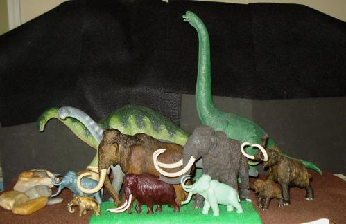 Mammoth, Marx, Invicta, Dinosaur Toys