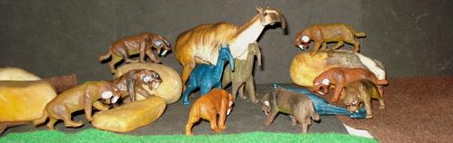Smilodon, Marx, Inpro, MPC, Schleich, Dinosaur Toys