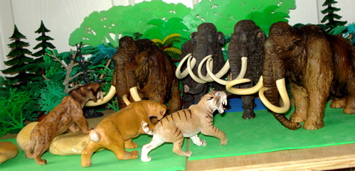 Smilodon, Mammoth, Papo, Carnegie Collection, Dinosaur Toys