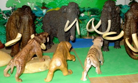 Smilodon, Schleich, Carnegie Collecction, Safari Ltd, Dinosaur Toys
